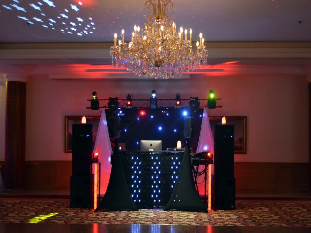 animation mariage montpellier sonoplus dj mariage professionnel. Black Bedroom Furniture Sets. Home Design Ideas